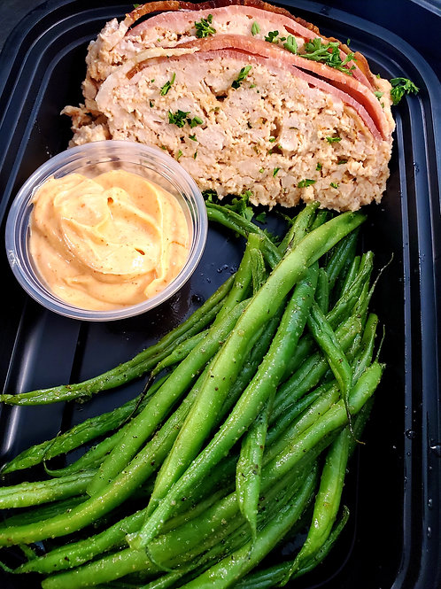 Bacon-Wrapped Buffalo Ranch Chicken Meatloaf with Roasted Green Beans