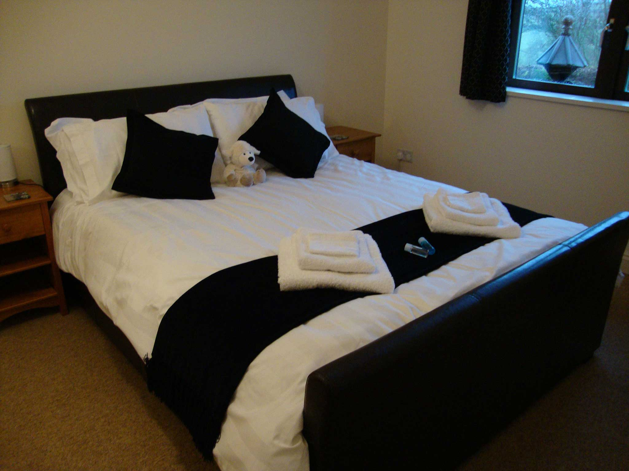 New-kingsize-bed