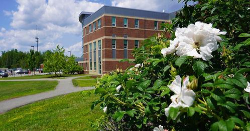 summer-enrollment-homepage.jpg