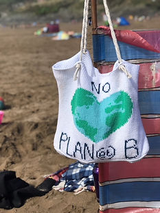 No planet B beach bag crochet pattern by penniesfromdevon