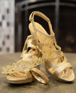 gold shoes & crown