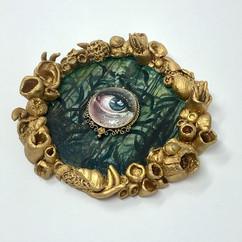 Mermaid eye. Oils on ceramic