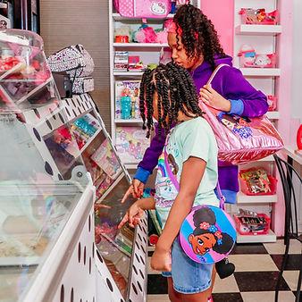 PrettyPom candyshop-0276-2.jpg