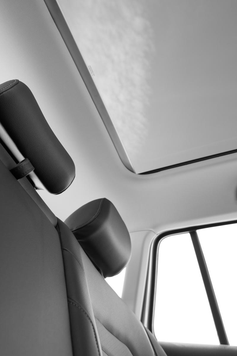 Sportwagen Sunroof Back Seat