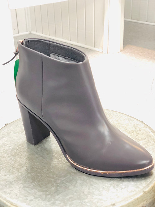 Ted Baker Low Boots