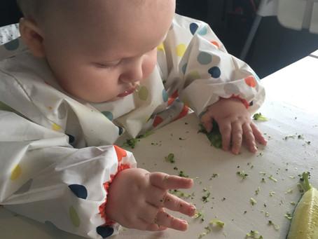 Hvordan la barnet spise biter