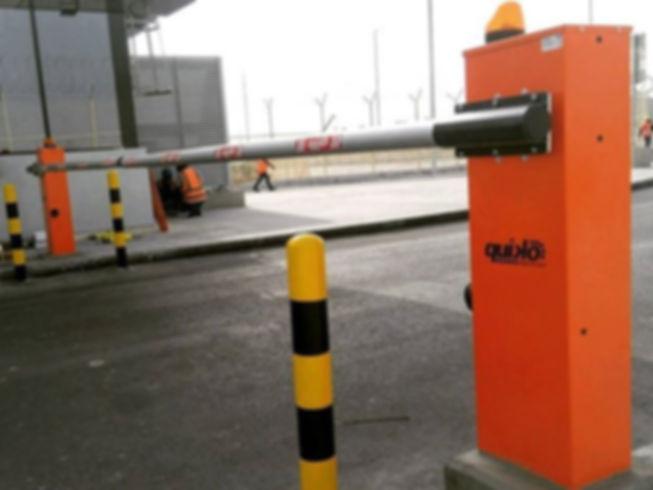 barrier1.jpg
