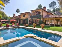 Extravagant-Italian-Villa-in-Beverly-Hil