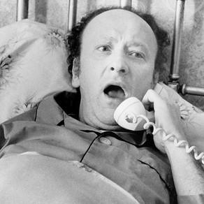 """Lee Wallace que trabalhou em """"Batman"""" de Tim Burton e em """"O Sequestro do Metrô"""" morre aos 90 anos"""