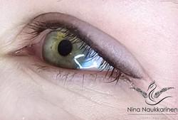 Luonollinen-silmien-rajaus