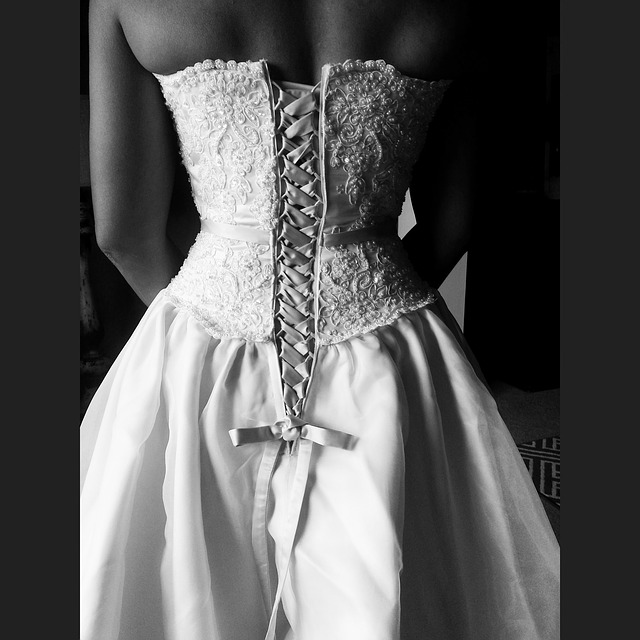 Robe de marié laçage dos