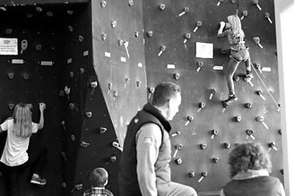 Climbing%20Lab%20-%20girl%20climbing%20_