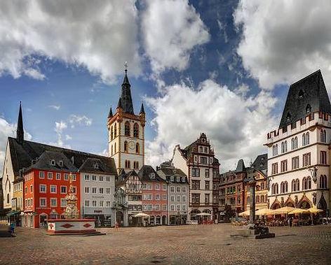 Hauptmarkt Trier.jpg