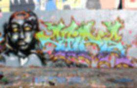 Graffiti fresque à la Cartonnerie Saint-Etienne réalisé par Jeza et Chipie en 2017. Jeza au perso grffiti à san-Etienne wildstyle graffiti art crew lettrage graff rhone alpes