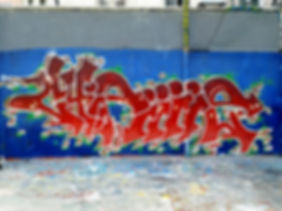 chipiiiie - graffiti lyon croix rousse 2018
