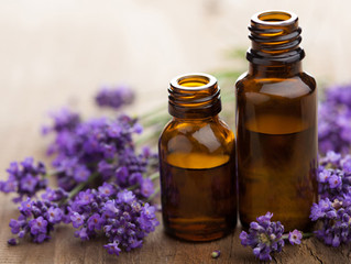 Essential Oils Class at Healthy Touch