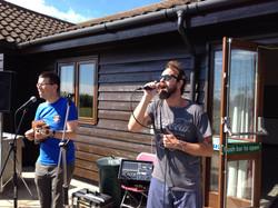 Fabio Allman singing on previous course