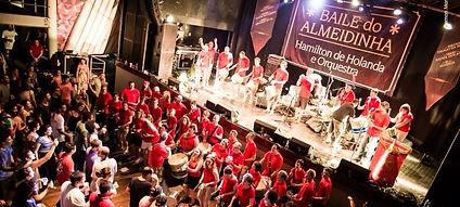 Samba Brazilian Carnival Percussion Workshops Coperate buy instruments surdo caixa repique tamborim agogo chocalho bateria carnaval carnival samba school escola de samba oficina jp courtney maracatu coco frevo ciranda maculele monobloco