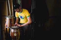 Atabaque playing