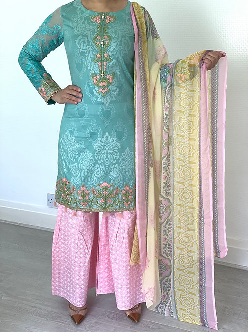 THREE PIECE JACQUARD LAWN OUTFIT