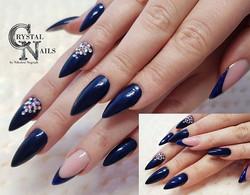 Stiletto💞the most popular shape in our beauty salon, love it😍