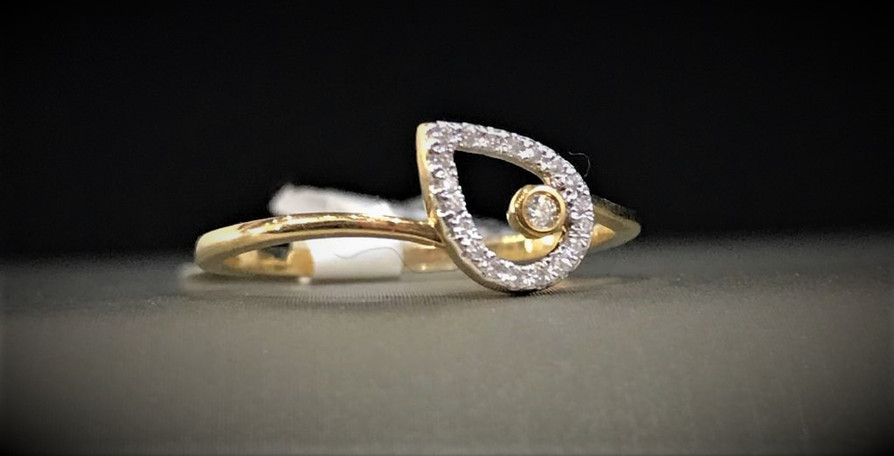 Yellow Gold Pear Shaped Ring