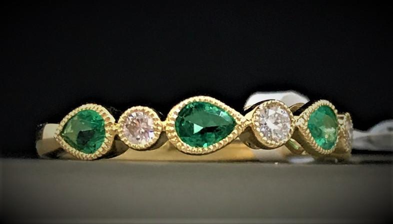 Yellow Gold, Diamond, and Emerald Stone Band