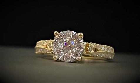 Yellow Gold Lovebright Diamond Ring