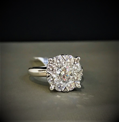 White Gold Diamond Lovebright Engagement Ring