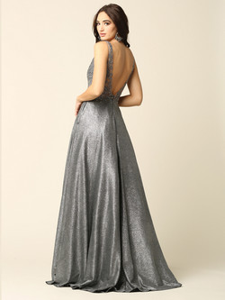 comes in 2 colors Charcoal & Champagne