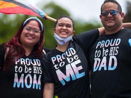 Identificarse como LGBTQ+ NO es una Enfermedad Mental