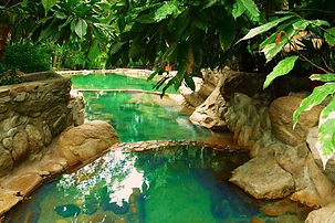 Los-Angeles-Termal_Piscina-Piedra.JPG