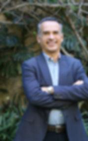Dr. Carlos Barrero perfil