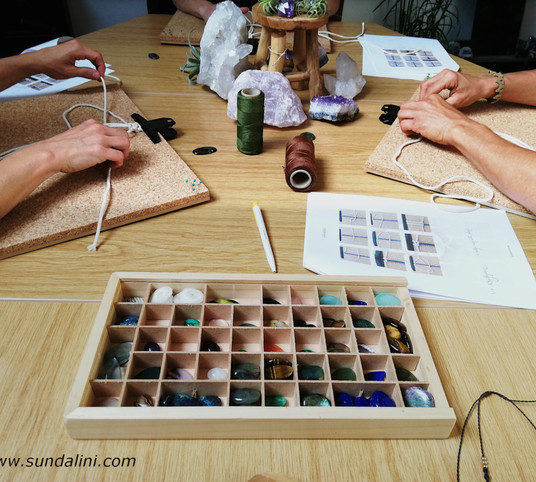 Workshop juwelen maken macrame Sundalini