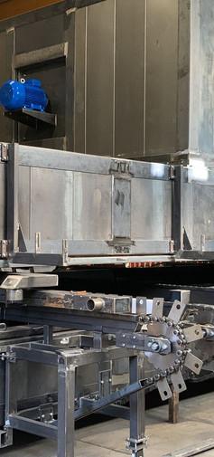 Impianto automatico di decorazione profili in alluminio