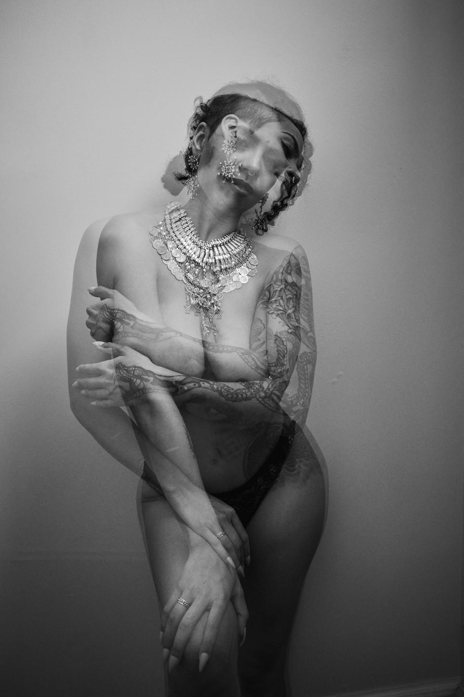 Photographer: JHS Photo | MUAH/Model: Ruby Noir