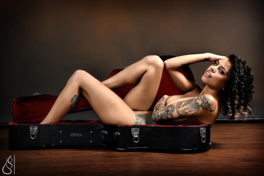 Photographer: Black Cat Modeling MUAH: Melissa Abuil Model: Ruby Noir