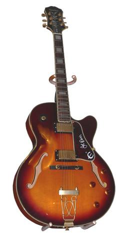 Mick - Rhythm Guitar