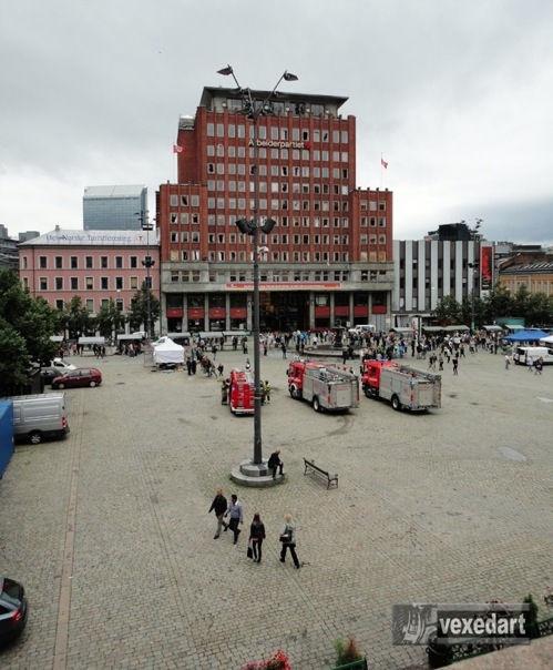 Breivik terrorist attack aftermath | fire and rescue trucks arrive