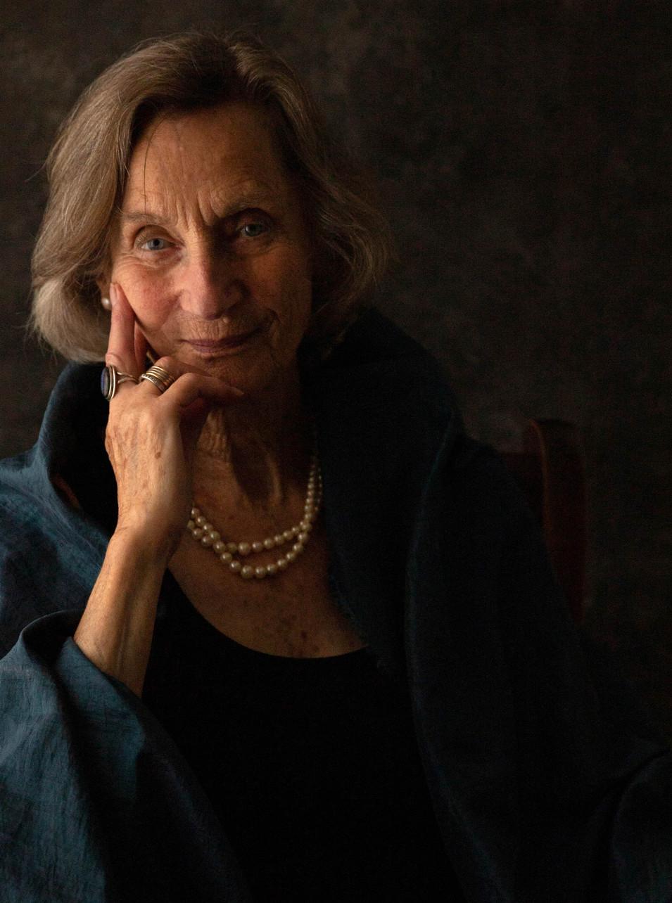 Nina, 85, healer