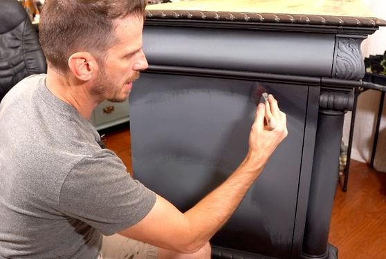 Aaron Blending Chalk Paint