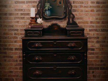 """""""Dennis""""—Victorian Era Gentlemen's Dresser"""