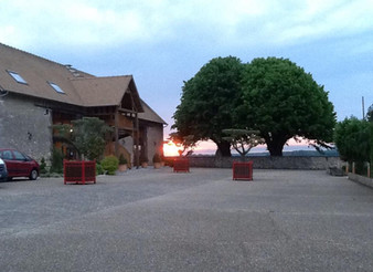 Et si vous optiez pour un petit coin de Provence en Normandie pour votre joli jour!!