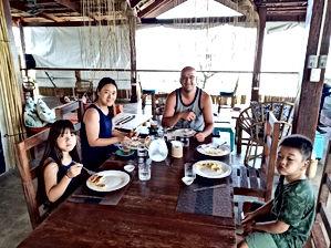 Lexias hostel el nido family
