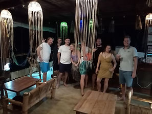 Lexias hostel el nido nightlife