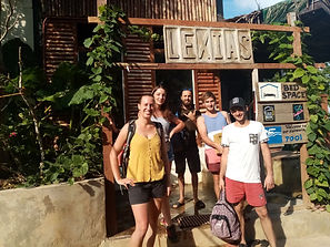 Lexias hostel el nido smiles in the sun