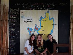 Lexias hostel el nido trio friends