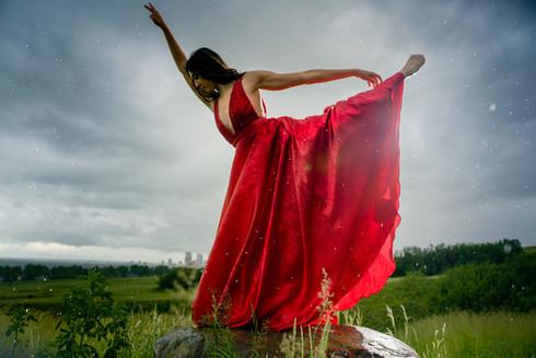 Gretta International Dancer Model in the Rain