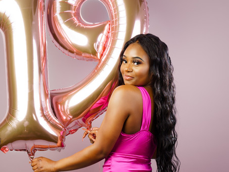 Birthday Photoshoots for Adults - The Perfect Birthday Gift for Yourself