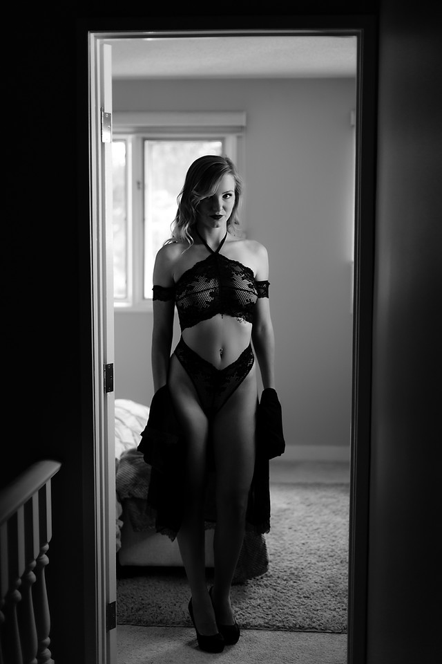 Black and White Sensual Boudoir